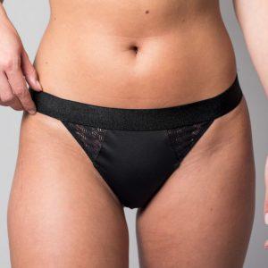 string sexy noir en dentelle recyclée et microfibre ultra confortable fabrication française Sans Prétention