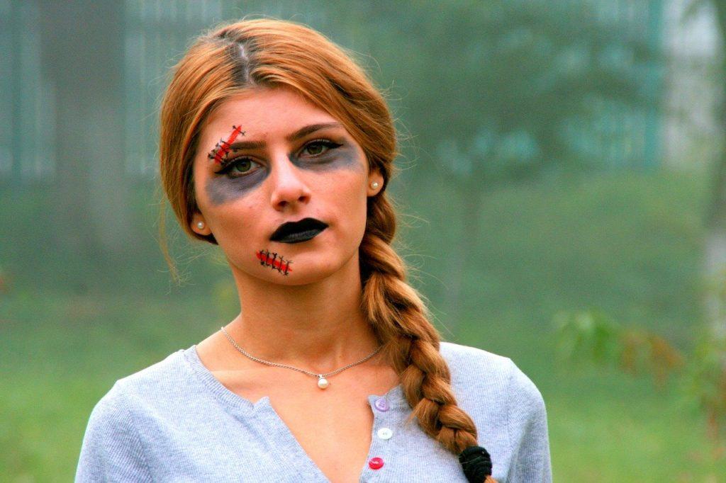 Maquillage d'Halloween fait maison et écologique